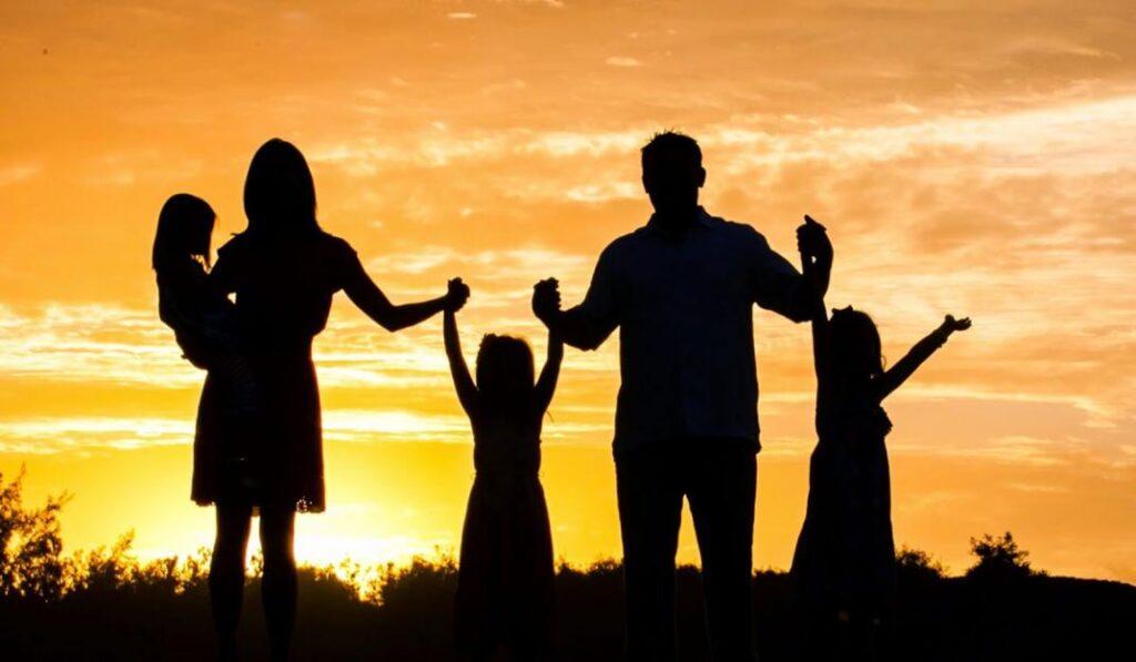 Ora con Fe por tus hijos que son el regalo de Dios